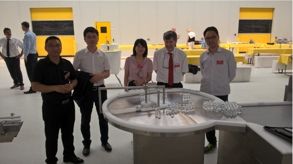 Martin Stapf mit Kunden aus dem asiatischen Raum